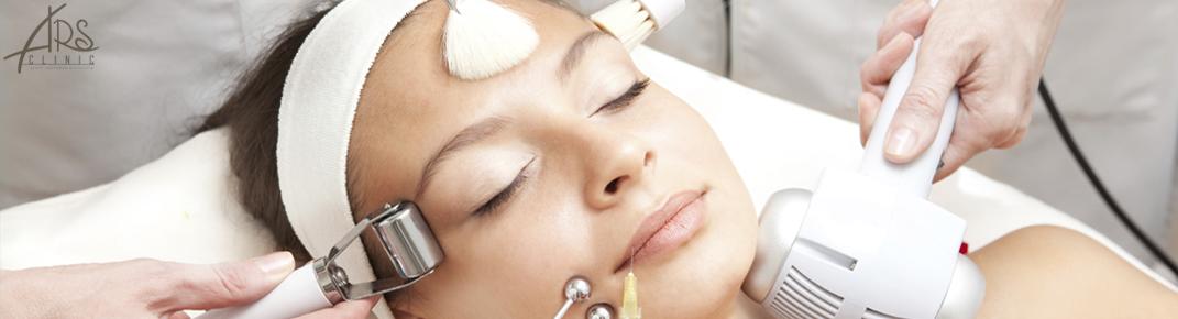 Микротоковая терапия по лицу